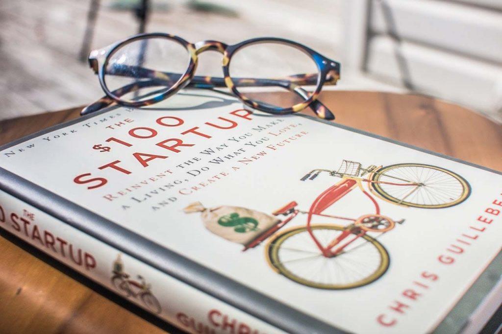100 dollars startup book